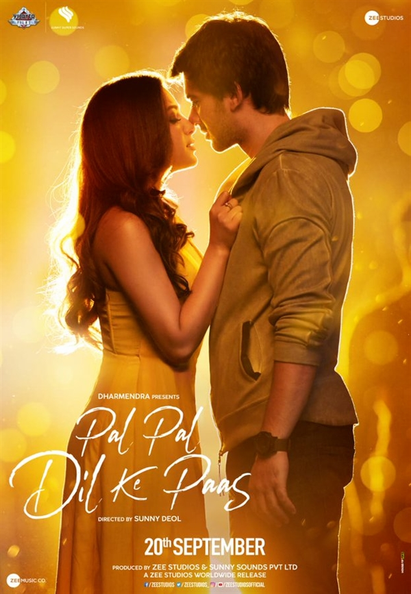 Pal Pal Dil Ke Paas Box Office Collection Day 3