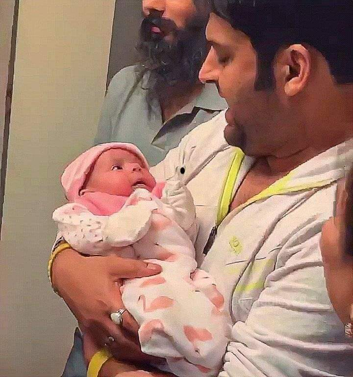 Kapil Sharma daughter photo